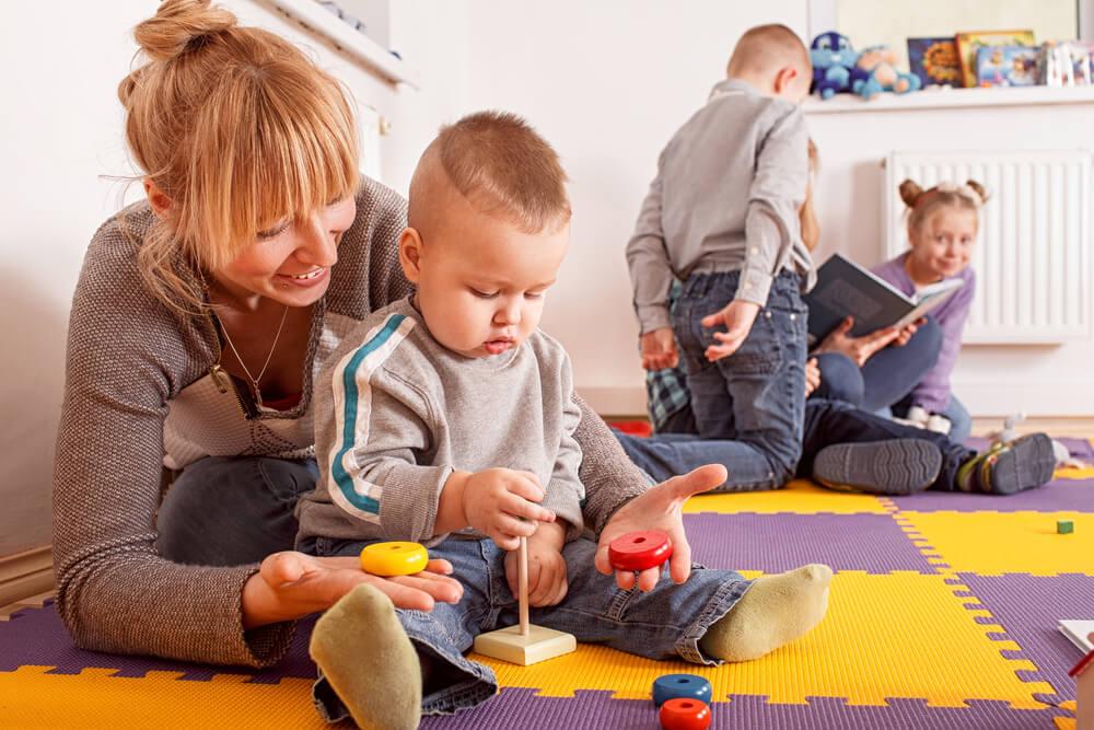Bild 2 mit-babysitten-geld-verdienen